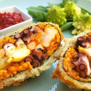 Paella onigirazu